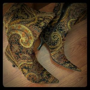 Paisley Gold and Brown Knee Hi Boots 👢 Size 9.5